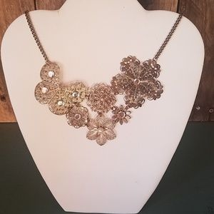 unknown Jewelry - Beautiful gold necklace